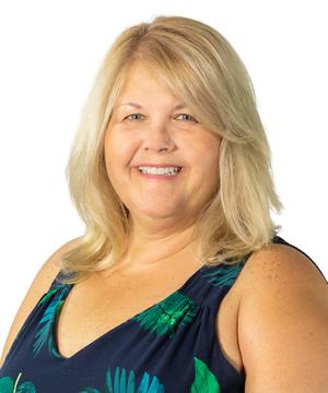 Vicki Linder